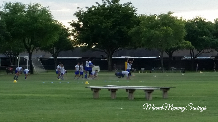 Kids-Playing-Soccer-Miami-Mommy-Savings