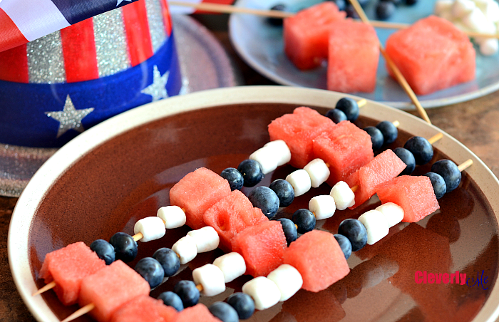 4th of July Fruit Skewers Recipe. Continue reading at CleverlyMe.com