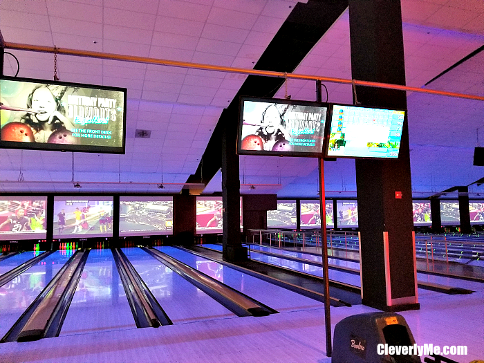 Looking for fun family friendly activities at Dolphin Mall Miami? Check out our list at CleverlyMe.com