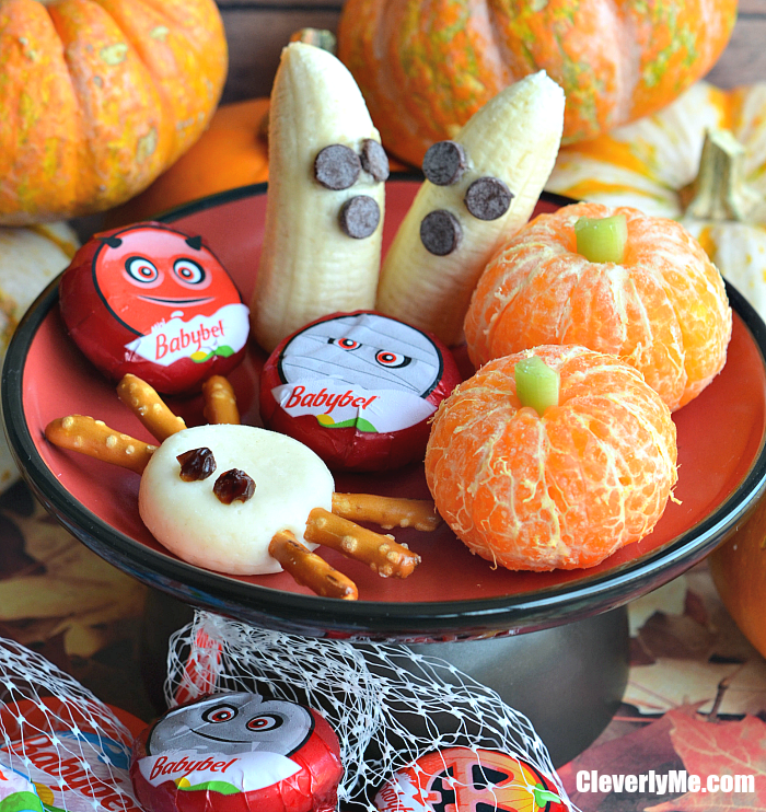 Are you hosting a Halloween bash or bring some snacks to the school Halloween party? If so, I have a Super Easy, Fun, and Healthy Halloween Platter for Kids. More at CleverlyMe.com