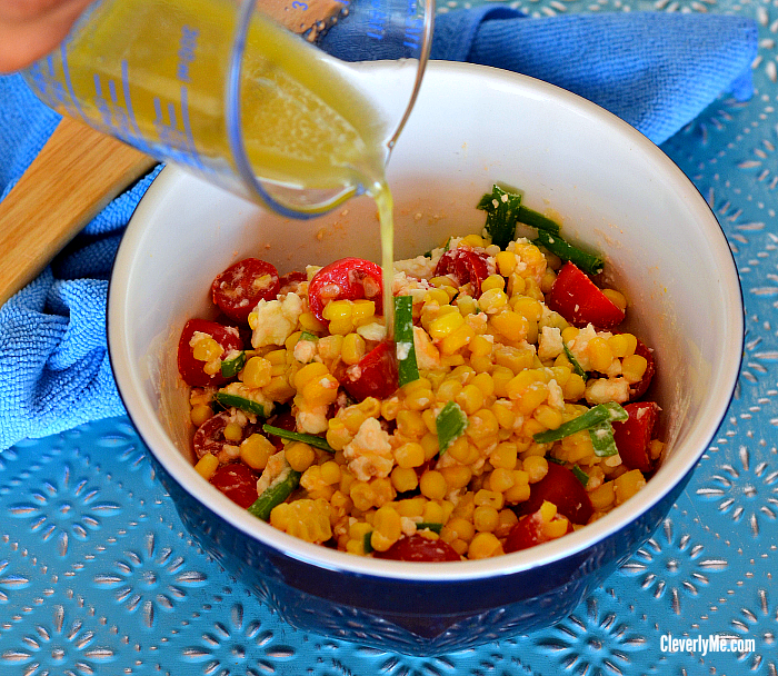 Want to enjoy an easy and delicious Fresh Sweet Corn, Tomatoes & Feta Cheese Salad that goes well with any meal? Just follow this simple recipe and you are on your way to creating a super easy and satisfying fresh salad that will please a crowd in no time! More at CleverlyMe.com