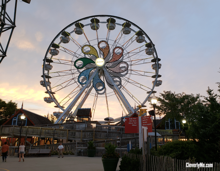 If you and your family are thinking of traveling to Pennsylvania soon and plan to visit Hersheypark, here are our best tips for visiting Hersheypark for the first time. More at CleverlyMe.com