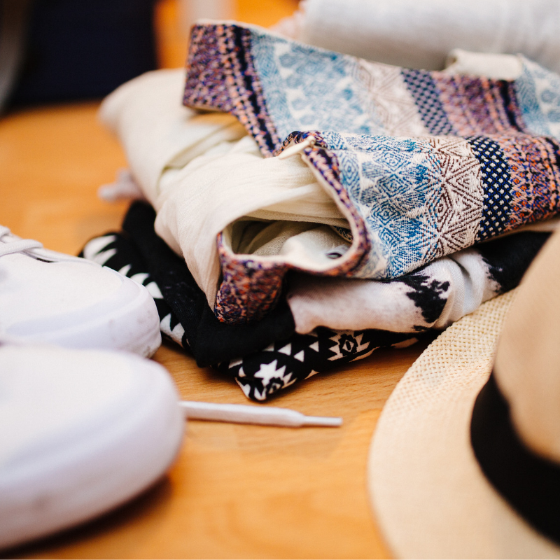 You're ready to kick back and enjoy a bit of summer. How do you get away without breaking the budget? Enjoying a summer getaway doesn't have to be expensive. Whether you are cross county or cross-country, there are some easy ways to save on expenses. Read our tips at CleverlyMe.com